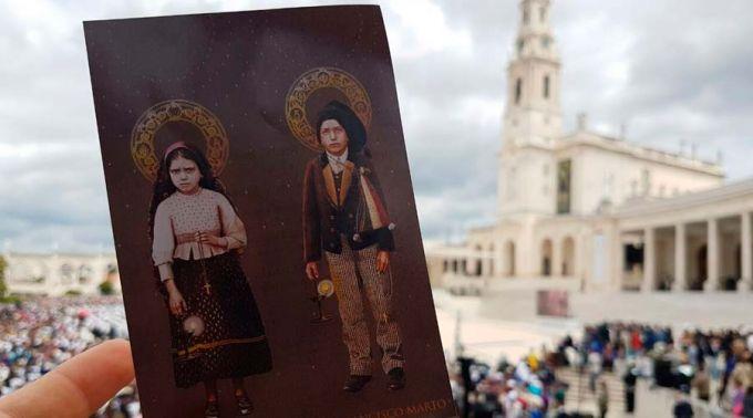 Papa declarou santos os pastorinhos Francisco e Jacinta Marto, videntes de Fátima