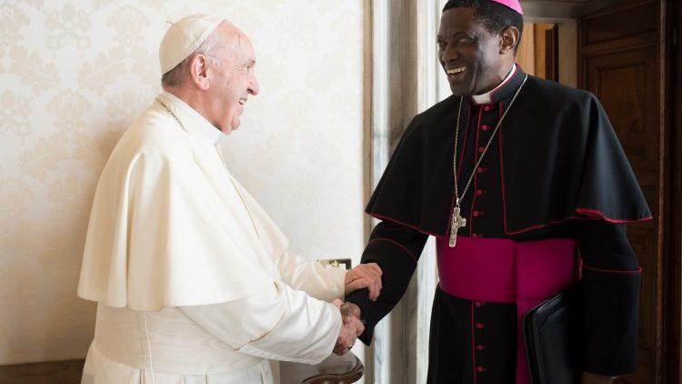 Arcebispo Dom Rugambwa visita a Namíbia e o Botsuana