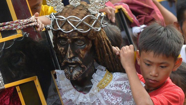 Sacerdote assassinado nas Filipinas