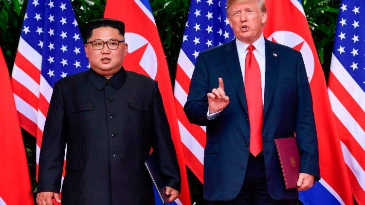 Kim e Trump, um aperto de mão para a história