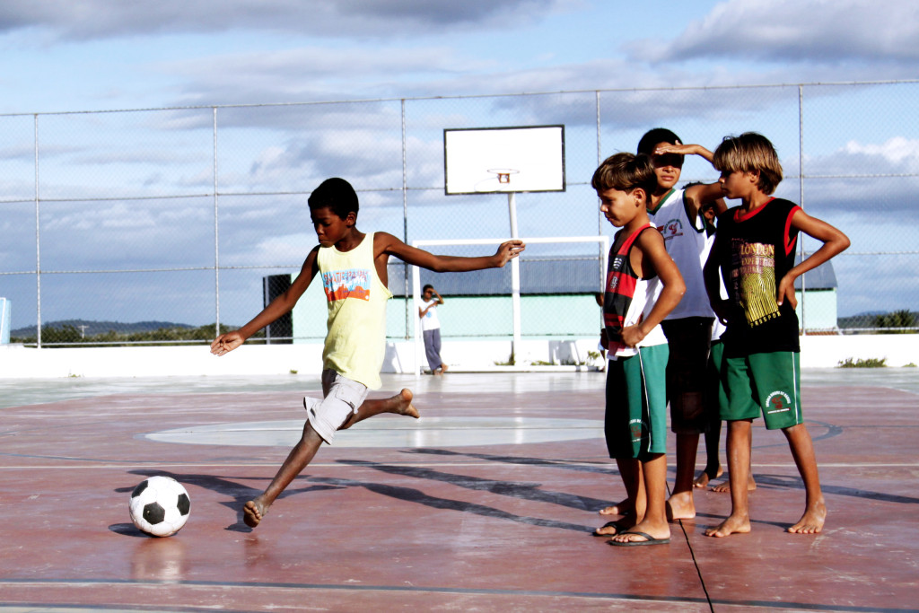 Bispo de Jales (SP) afirma que esporte é saudável, se praticado de forma cooperativa e lúdica