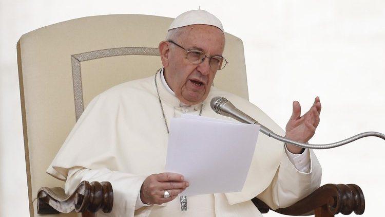 Tema da vida eterna precisa de maior atenção, diz o Papa